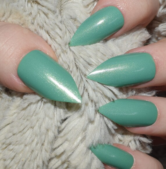 Mint Green Fake Nails Long Pointy Stiletto False Nails Hand