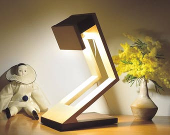 MUNILO  Lamp in Ipe and Tulip tree
