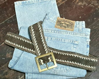Vintage 80s High Waisted Jeans Stonewashed Button Up Boot Cut Mom Jeans Brand American Buffalo Waist 32