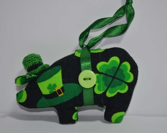 St Patrick's Day fabric pig, fabric pig, pig ornaments, novelty ornament, home decor pig, Irish pig
