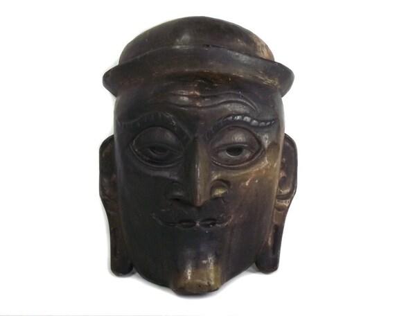 Old Wood Tibetan Face Mask
