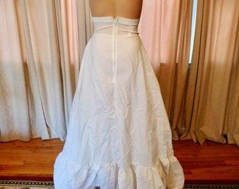 Petticoat Bridal Petticoat White Petticoat by Petticoat Place LTD Size 6