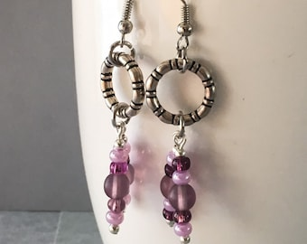 Purple earrings, purple dangle earrings, purple drop earrings, earrings purple, purple beaded earrings, bead earrings