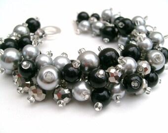 Black Pearl Cluster Bracelet, Bridesmaid Jewelry, Black and Silver Gray Bracelet, Beaded Bracelet, Wedding Jewelry, Bridesmaid Gift, Glamour
