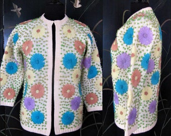 Embroidered Cardigan Sweater / Boho Yarn Embroidered Sweater / Vintage Embroidered Sweater / 60s Embroidered Sweater / fits S-M