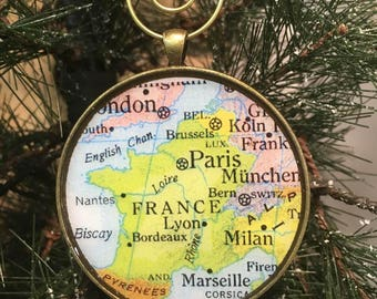 France Map Christmas Ornament, Keep a memory Alive / HONEYMOON Gift / Wedding Map Gift / Travel Tree Ornament / Corporate gift