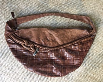 1970's or 1980's brown genuine leather hobo bag, Brand- Aruba Bags