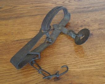 Antique Small Steel Game Trap Victor Co Rustic Cabin Decor