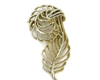 Gerry's Brooch, Vintage Leaf Brooch, Large Flowing Leaf Pin, 1960s Signed Designer Brooch, Leafy Goldtone Pin