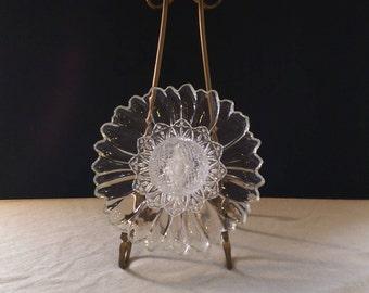 GLASS GARDEN FLOWER / Glass garden yard art / Glass flower / Glass garden stake / Glass garden totem / Glass garden flower décor/(34)