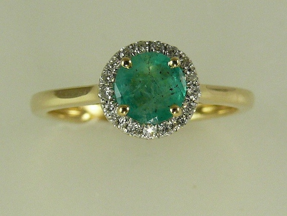 Emerald 0.50ct Ring 14k Yellow Gold and Diamonds 0.10ct