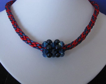 The blue-red necklace