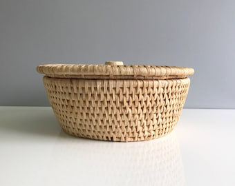 Vintage Woven Straw Basket with Lid