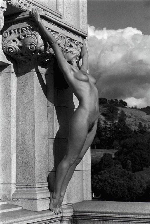 nude-black-retro-pics-invisible-woman-naked-porn