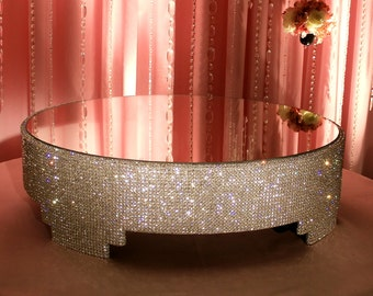 """24"""" Round crystal cake stand"""