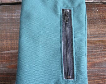 Green Phone Pouch with Zippered Pocket, Small Purse, Smart Phone Carrier, Smart Phone, Smart Phone Carrier with Pocket