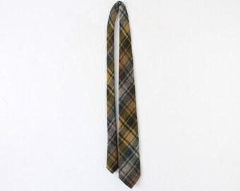 Vintage 60s/70s Suburbanite of New England Plaid Neck Tie