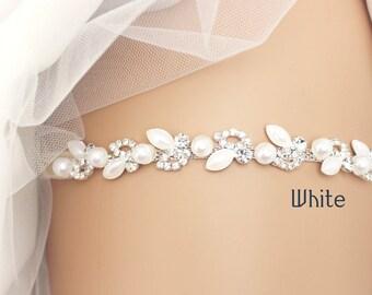 wedding garter, bridal garter, lace garter, white garter, beaded garter, toss garter, bridal accessories, pearl garter, rhinestone garter