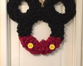 33x33 Mickey Mouse wreath