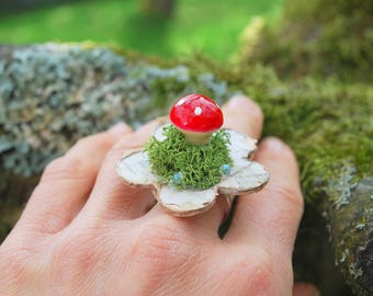 Toadstool Mushroom Ring, Nature Outdoor Woodland Weddings Jewelry, Red Mushroom Ring, Birch Bark Ring, Bridesmaids Gift, Woodland Party