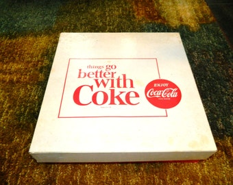 VINTAGE COKE GLASSES collectable rare new