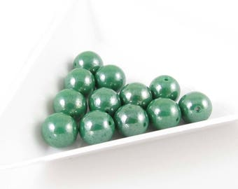 """8mm opaque green luster Czech glass druk beads, 8"""" strand (25 beads). These have a pearly finish that's beautiful! Wedding, spring, summer"""