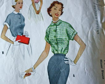 Classic 1950's Short Sleeved Blouse Pattern---McCalls 9353---Size 14  Bust 32