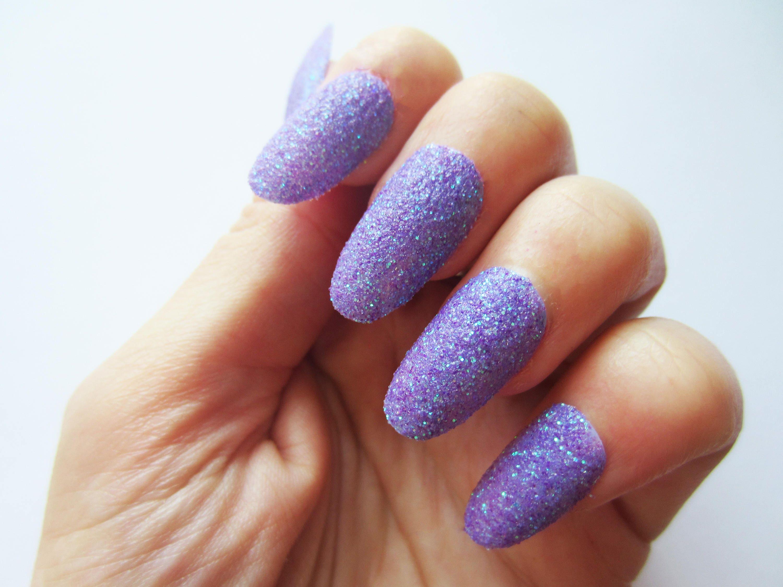 Azúcar púrpura efecto textura uñas postizas púrpura brillo