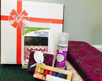 Fabrihoilics Monthly Subscription Box