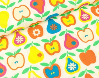 Cotton fabric Wendelin Colorful apples and pears on white (9.90 EUR/meter)
