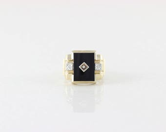 Mens 10k Yellow Gold Onyx and Diamond Ring Size 10 3/4