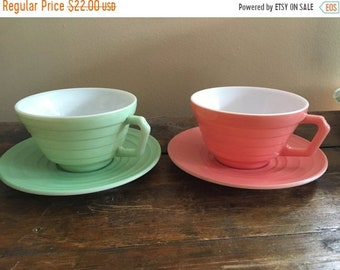 SPRING SALE Vintage 1950s Hazel Atlas Tea/Coffee Set for 2 // Mint Green and Light Pink // His and Hers Coffee Cups and Saucers // Vintage W
