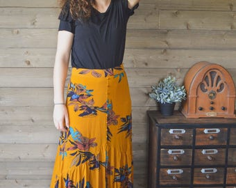 SALE High Waisted Fabric Button Skirt