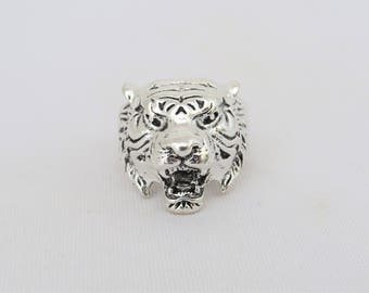 Vintage Jewelry Silver Tone Tiger's Face Gothic Ring Size 9