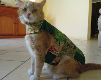 Pet clothing for cats and small dogs: Green cotton quilted dress