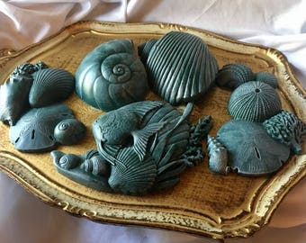Vintage MCMLXXXIX Fish & Shell Wall Hanging Decor