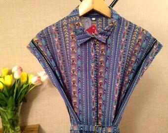 Fab 90's Vintage Aztec-print Dress // Shirt dress // Size UK 10-12 // Belted // Midi Dress
