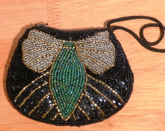 vintage beaded Coin Purse Zipper Closure with Wrist Handle     00925