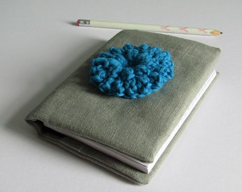 Linen notebook with Dahlia motif - silver grey fabric - A6 lined spiral bound notebook - reusable cover - blue dahlia crocheted in cotton