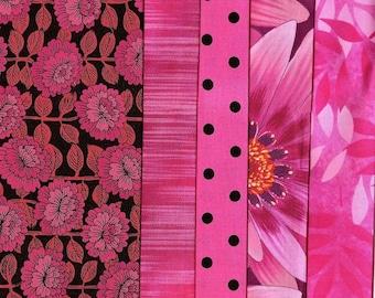 5 grands coupons / Ref. G40 / tissus coton patchwork / rose vif et rose fushias-Assortiment, lot de coupons coton