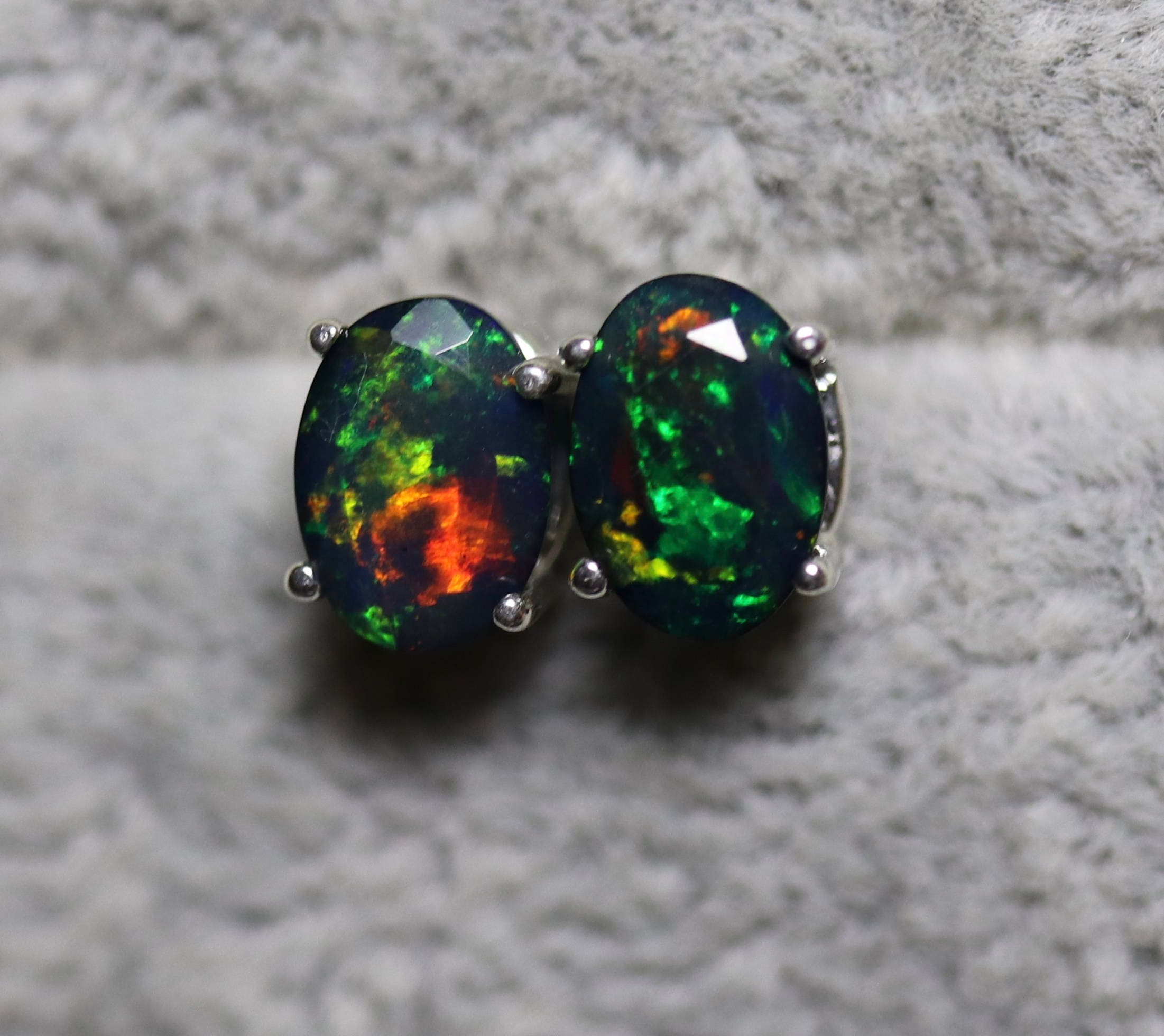 stud genuine white earrings real oval flashopal gold australian opal australia blue jewelry studs