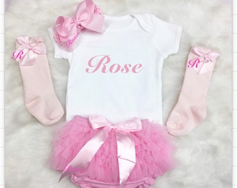 Personalised baby sets. Frilly bloomers, bodysuit, bow, socks Exclusively designed