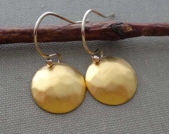 Gold round earrings, gold disc earrings, vermeil disc earrings, gold coin earrings, hammered gold disc domed gold disc gold vermeil earrings