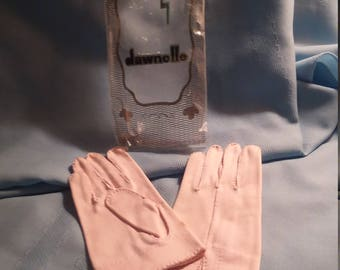 Gloves by Dawnelle, vintage gloves,