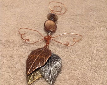 After Christmas special half price! Was 19.99.  Angel bead and wire ornament