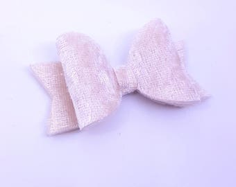 Cream crushed velvet bow/ girls bow / cream hair bow/ cream girls bow/ crushed velvet hair bow/ velvet bow/ newborn headband/