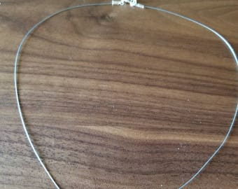 Lightweight beaded necklace with czech glass drop beads