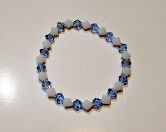 White and blue bicone crystals bracelet