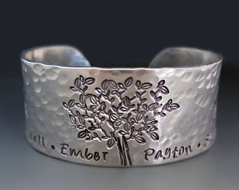 Personalized Silver Tree of Life Bracelet / Hand Stamped Cuff / Custom Family Tree Bracelet / Gifts for Her / 10 year Anniversary Gift