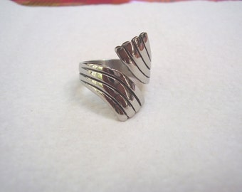 Stainless Steel Thumb Ring-size 9  double sweep-smooth and sturdy- free shipping